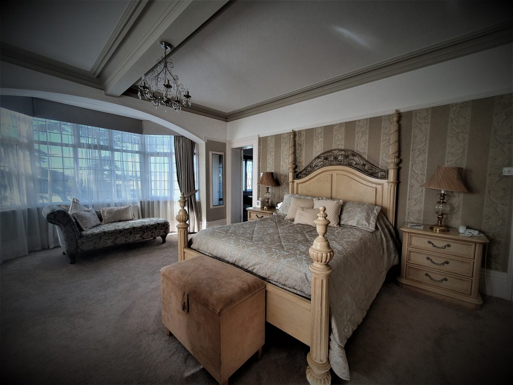Warwickshire Hotel Superior Bedroom