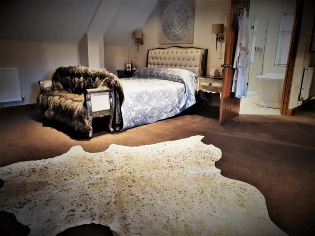 Bridal suite at Nuthurst Grange Hotel - Warwickshire